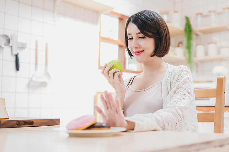 Women's Health Food to Eat and Avoid During Pregnancy